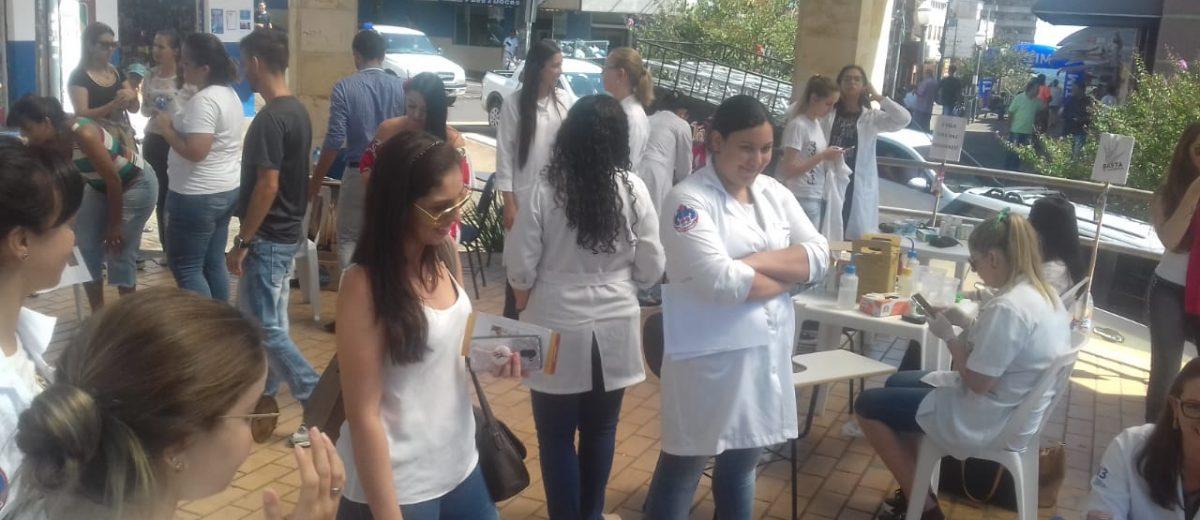 Faculdade Dom Bosco realiza atividade em homenagem ao Dia Internacional da Mulher em Cornélio